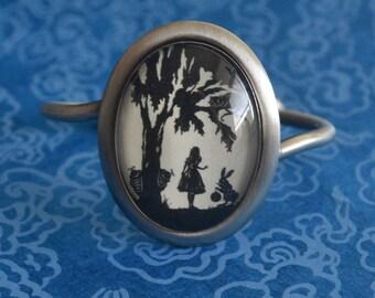 ALICE IN WONDERLAND Bracelet - Silhouette Jewelry
