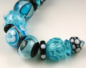 Andie's Glass - Turquoise & Black Bracelet Beads