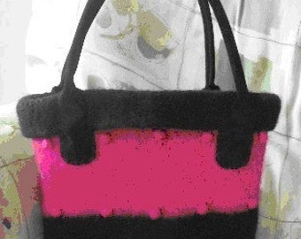 The Bobble Hand Knit Felted Purse Pattern PDF