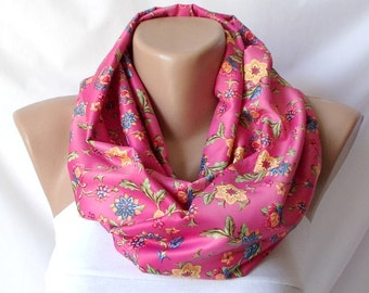 Infinity Scarf Loop Scarf Circle Scarf Cowl Scarf Pink flower chunky design cowl
