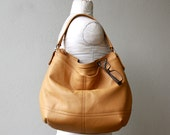 special price - ships as seen within the week - BOHO XL with two outside pockets  -  large leather hobo - soft and slouchy
