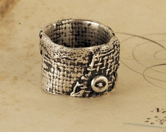 Burlap Collage Ring