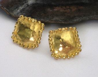 Square Stud Earrings,Square Post Earrings,Gold Plated Studs,Gold Plated Posts,Square Studs,Hammered Square Earrings,Hammered Earrings