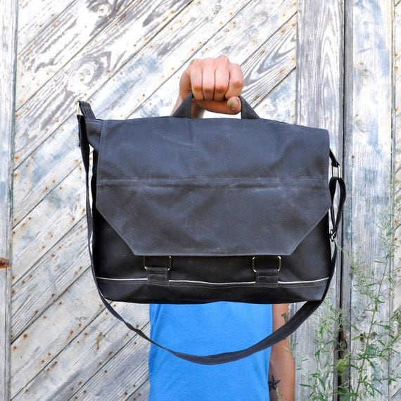 Waxed Canvas Messenger Bag - The Leonard in Slate Grey