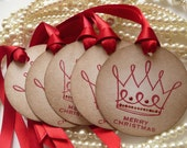 Christmas Gift Tags - Set of 5 - Round Vintage Style with Crown and Jewels
