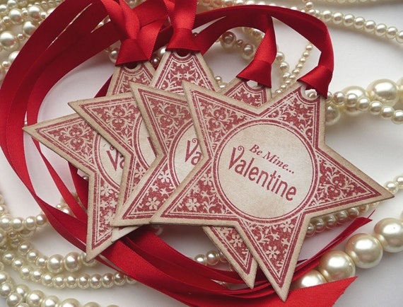 Valentine Red Star Gift Tags - Be Mine... Valentine - Vintage Style - Set of 4 - For gifts for husband, wife, fiancee, boyfriend, girlfriend