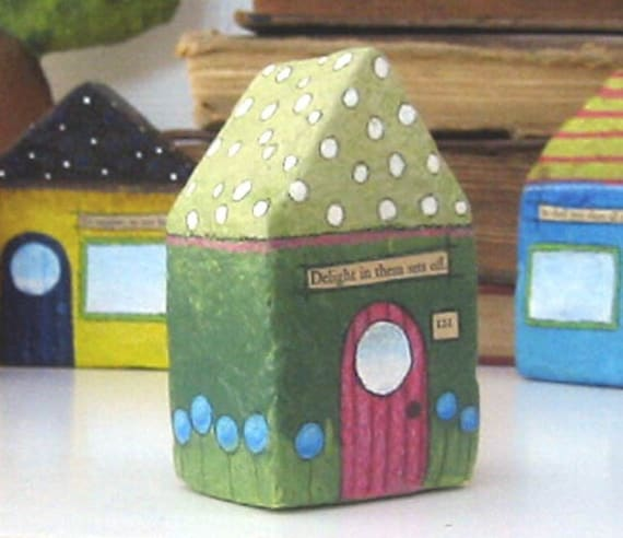 Chubby Little House Number 121 - Paper Mache -Delight in them sets off.