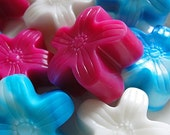 Patriotic FLOWER Guest SOAPS-Mini Flowers- Fresh Scents to Choose -Red, White n Blue---10-