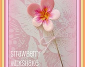 Strawberry Milkshake Pansy Pin Topper