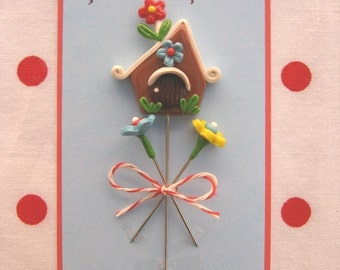 Petite Chalet Little House Pin Topper Set