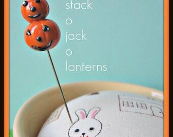 Stack of Jack-o-Lanterns Pin Topper