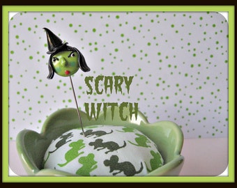 Scary Witch Pin Topper