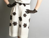 Vintage L'Aiglon Dress White and Chocolate Brown Wiggle Flower - Large
