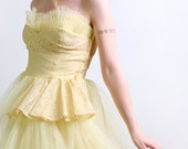 1950s Prom Dress in Sunshine Yellow - Strapless Tulle Evening Formal Gown - Medium Prom Queen