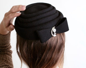 Vintage Black Wool Hat - Henry Pollak Ritz with Rhinstone Brooch