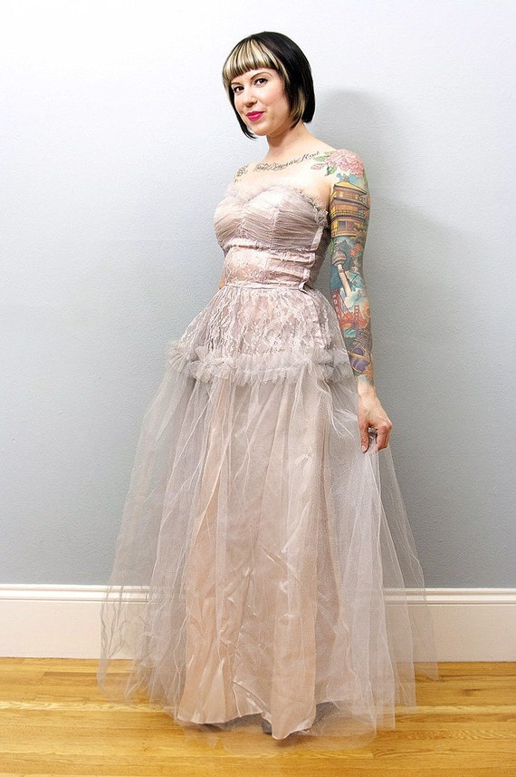 Beautiful vintage Strapless Light Pale Pink Tulle Prom Dress