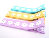 Spring Daisy Set of Three Non Slip Clips