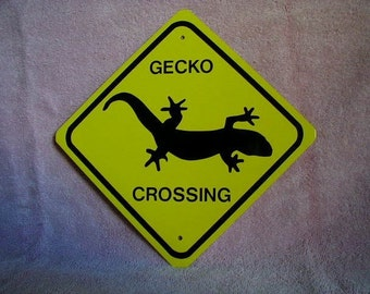 METAL Gecko Crossing Mini Traffic Sign