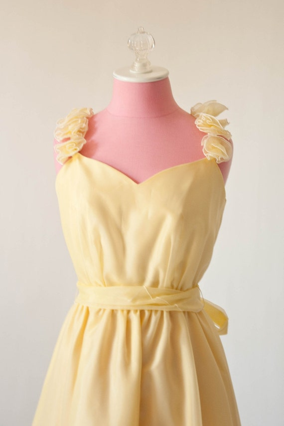Vintage yellow 70 39 s prom or bridesmaid dress for Wedding dress steaming near me