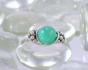 Pale Green Chrysophrase Sterling Silver Bali Bead Ring - Any Size