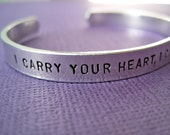 Personalized Bracelet - i carry your heart, i carry it in my heart - Skinny 1/4 inch