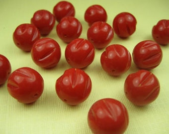 8 Vintage Red Beads
