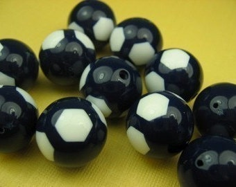 6 Large White/Navy 15mm Vintage Lucite Beads