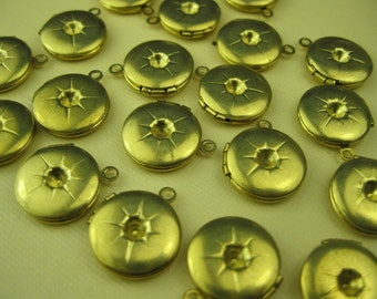 24 Vintage Brass Lockets with Stars