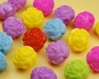 10 Lucite Carved Mix Rosebud Beads