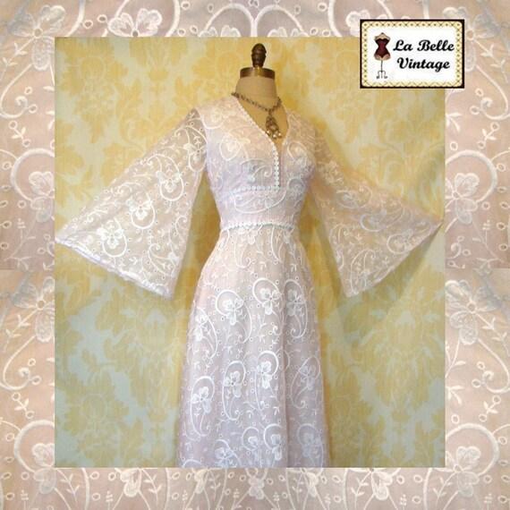 Vintage 70s Sheer Crisp White EMBROIDERY Floral Angel Sleeve Goddess Maxi Wedding Dress S