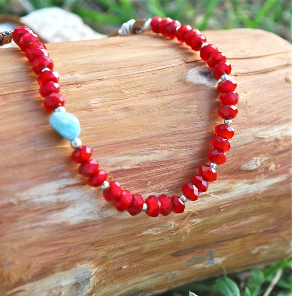 Velluto Grassetto-Red Velvety beads on leather