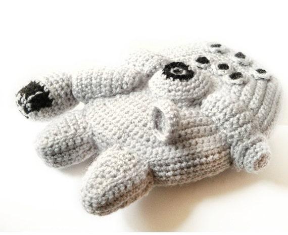 Star Wars Millennium Falcon Crochet Amigurumi Pattern