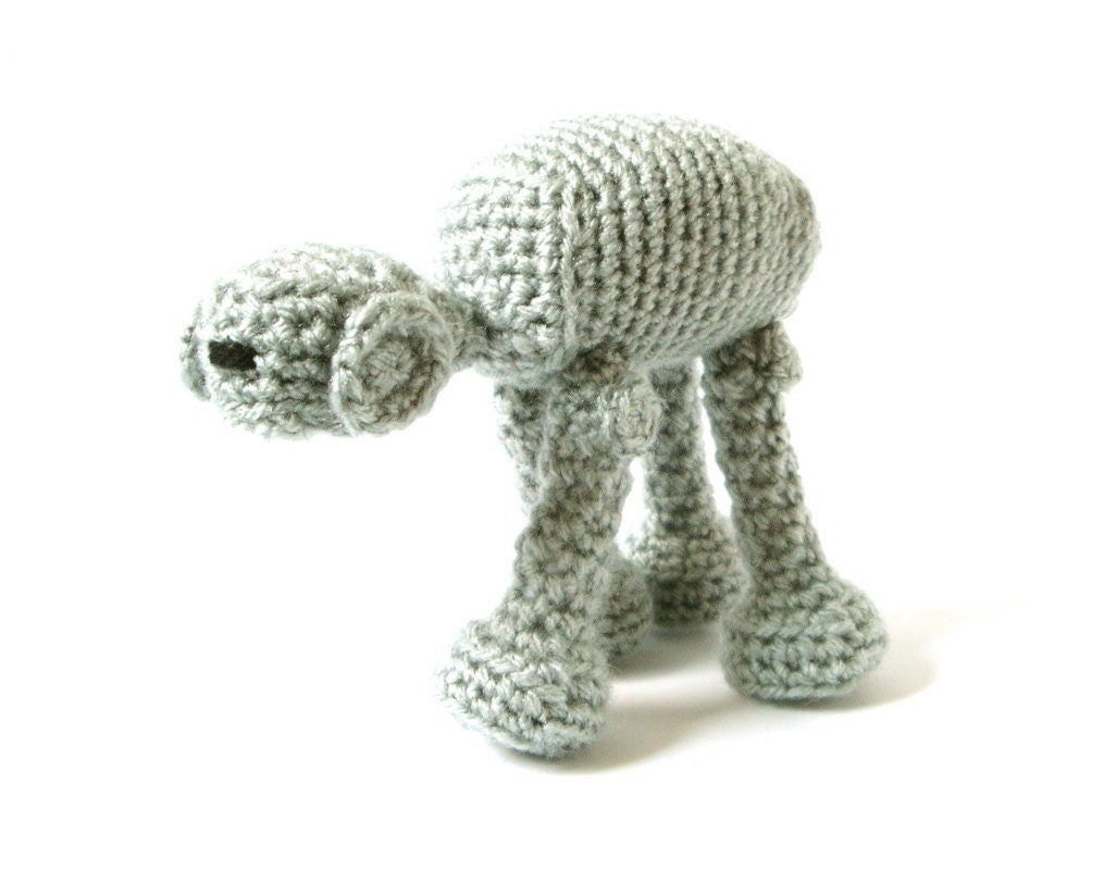 Star Wars AT-AT Crochet Amigurumi Pattern by MysteriousCats