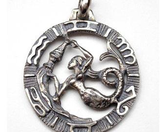 Aquarius zodiac pendant in oxidized silver
