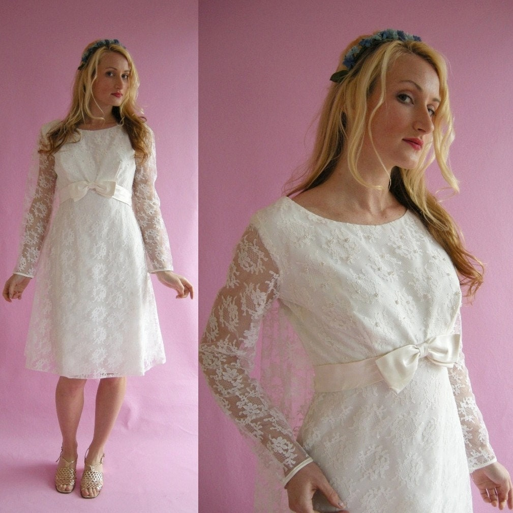 ON HOLD White Lace Vintage 60s Short Wedding Dress By