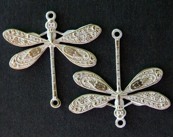 Dragonfly Connector Charms - 2 pcs - Brass Dragonfly - White Patina - Patina Queen