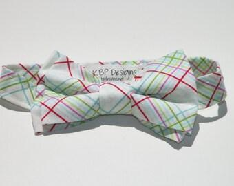 Boys Age 5-8  Bow tie Ready to ship Fun plaid design