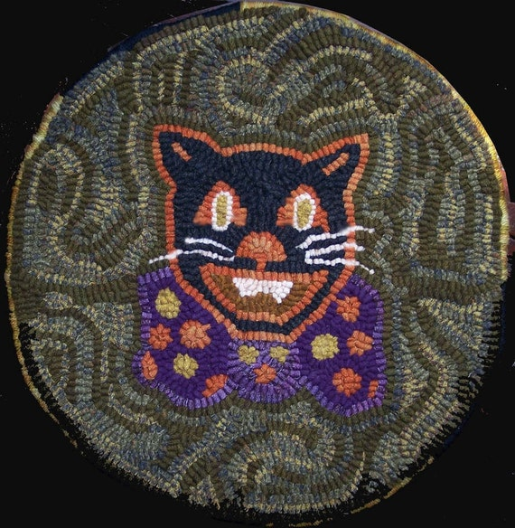 Halloween Black Cat Chairpad Rug Hooking Pattern