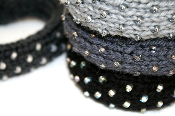 Dew Drop Knitted Bangle Bracelet in Storm Gray - Medium