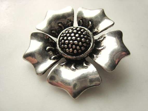 GOOD DEAL 1.5 Inch Antique Silver Flower Connector Parcel of One Item No. 0387 Regular Price 13.95