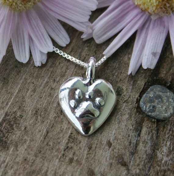 Pet Memorial Necklace, Pawprints On My Heart, for Cat and Dog Owners