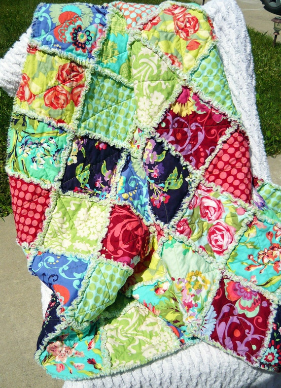 Rag Quilt, Floral Love Lap Quilt, Amy Butler Fabrics, Bright Colors