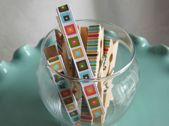 Memo clips decoupaged clothespins---Sheila