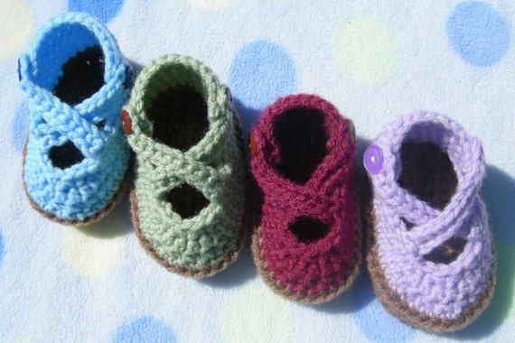 Cross Strap Baby Bootie-Crochet Pattern