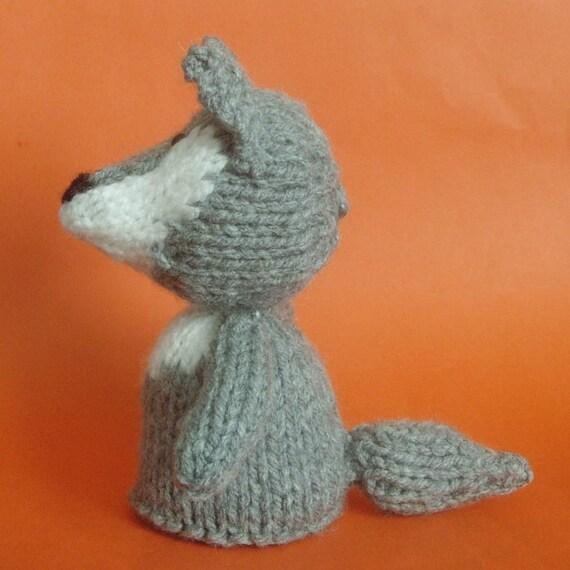 Wolf Knitting Pattern : Wolf Toy Knitting Pattern (PDF) from Jellybum on Etsy Studio