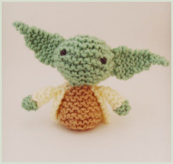 Crochet Patterns Yoda : Knitted Amigurumi Star Wars Yoda Pattern PDF by Jellybum on Etsy