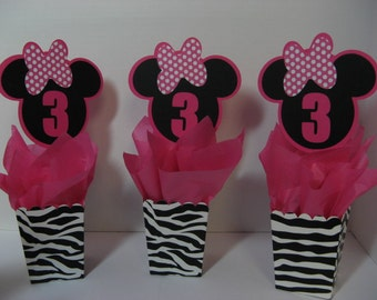 8 Minnie Mouse table decorations