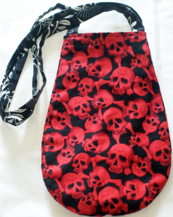 HANDMADE Reversible Tote Bag with Pocket - Red Skulls 'n white floral