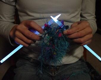 NeedleLite Lighted Knitting Needles, US Size 8 Short, 1 Pair