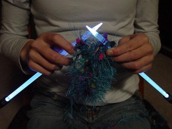 NeedleLite Lighted Knitting Needles, US Size 17, 1 Pair